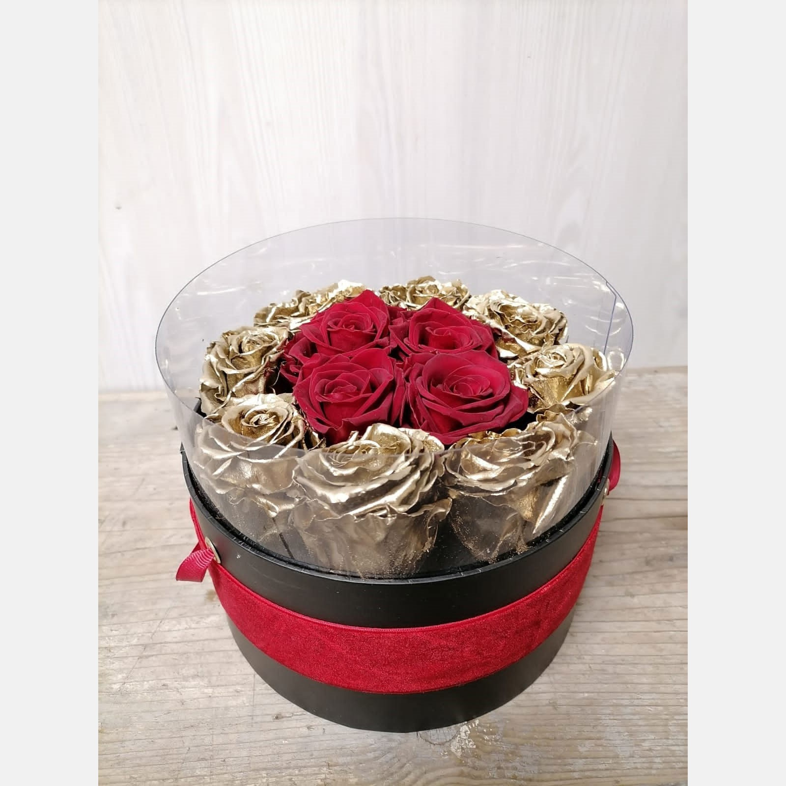 Eternity - Box cilindro nero 16x11 rose oro e rosse